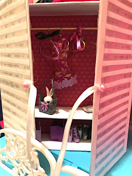 Armadio Barbie interno