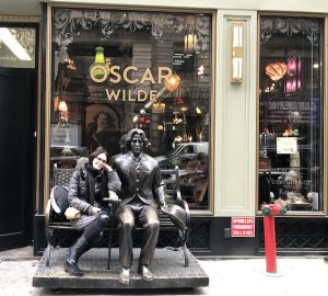 NY Oscar Wilde Cafe