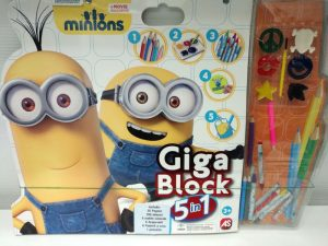 Giga Block Minions