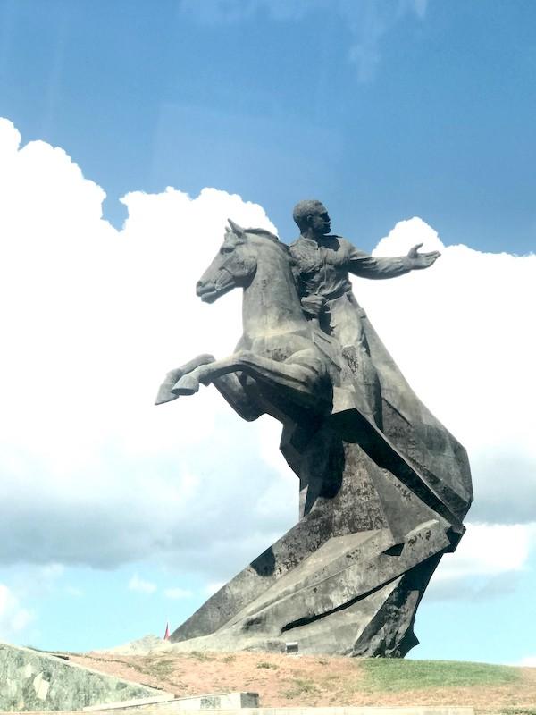 Santiago de Cuba Statua di Maceo